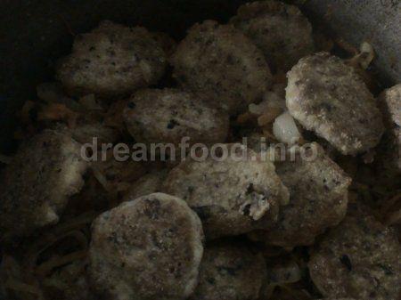Фрикадельки з рибних консервів