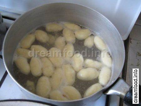 Суп из смородины с клецками