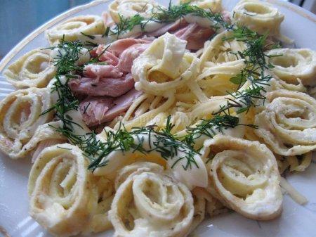 Салат з млинцями