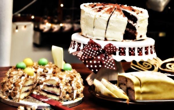 Торты на заказ – выбирай просто ешь