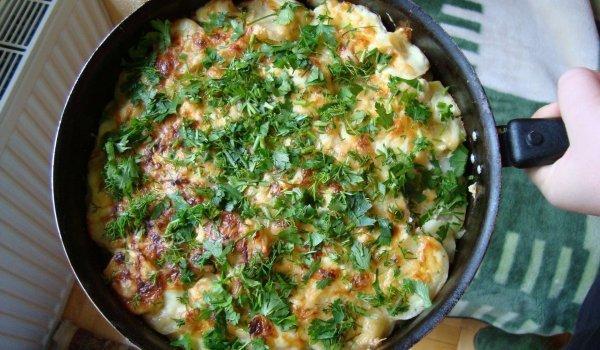 Приготовить щи из капусты и бульона из индейки